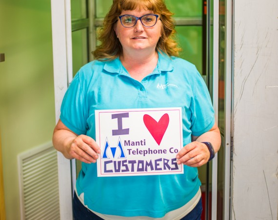 """We """"Heart"""" Our Customers!!"""